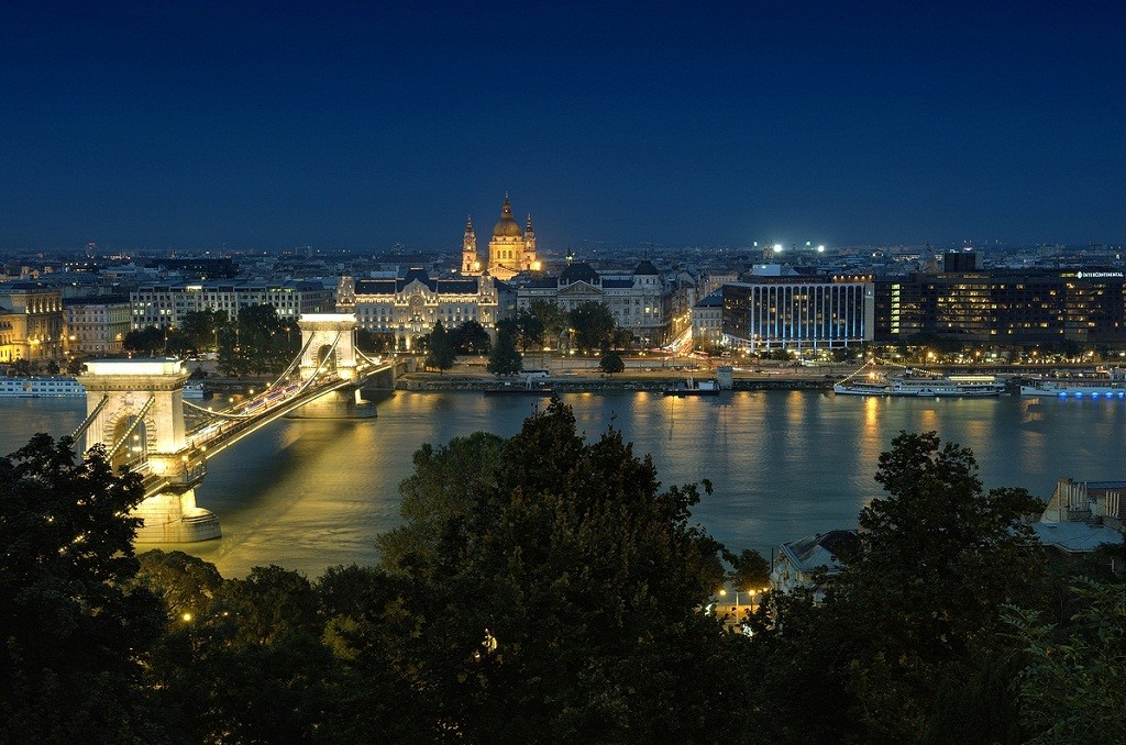 Budapest-at-Night