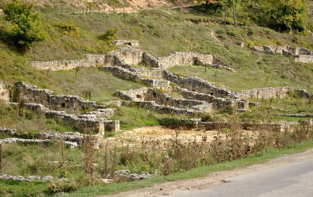 Ostatci urbanog srednjevekovnog naselja - Pazarište