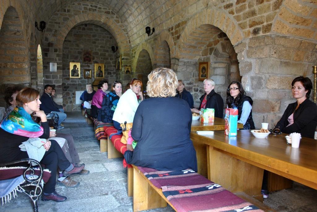 Odmor u manastirskoj gostinskog trpezariji