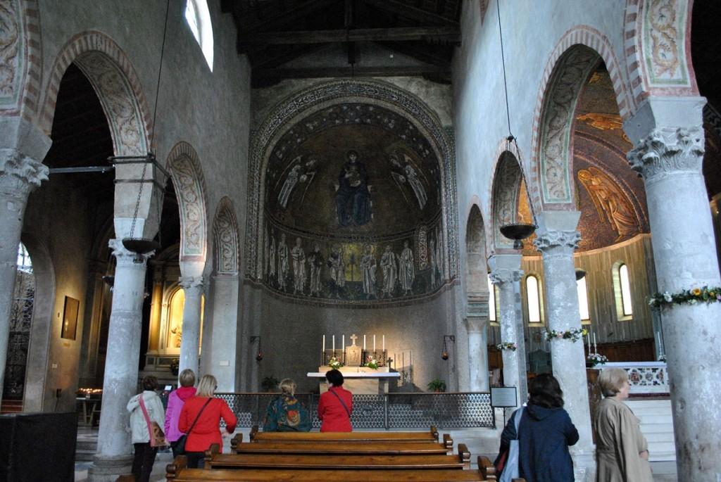 Danas centralni brod, dodat da bi se tako spojile dve crkve u jednu katedralu