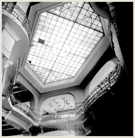 Nekadašnji izgled tavanice.  Preuzeto sa sajta Zavoda za zaštitu spomenika grada Beograda