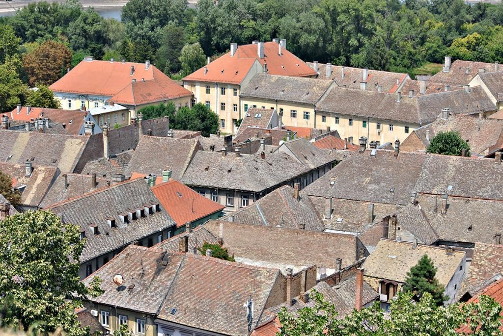 Pogled na Podgrađe sa Petrovaradinske tvrđave