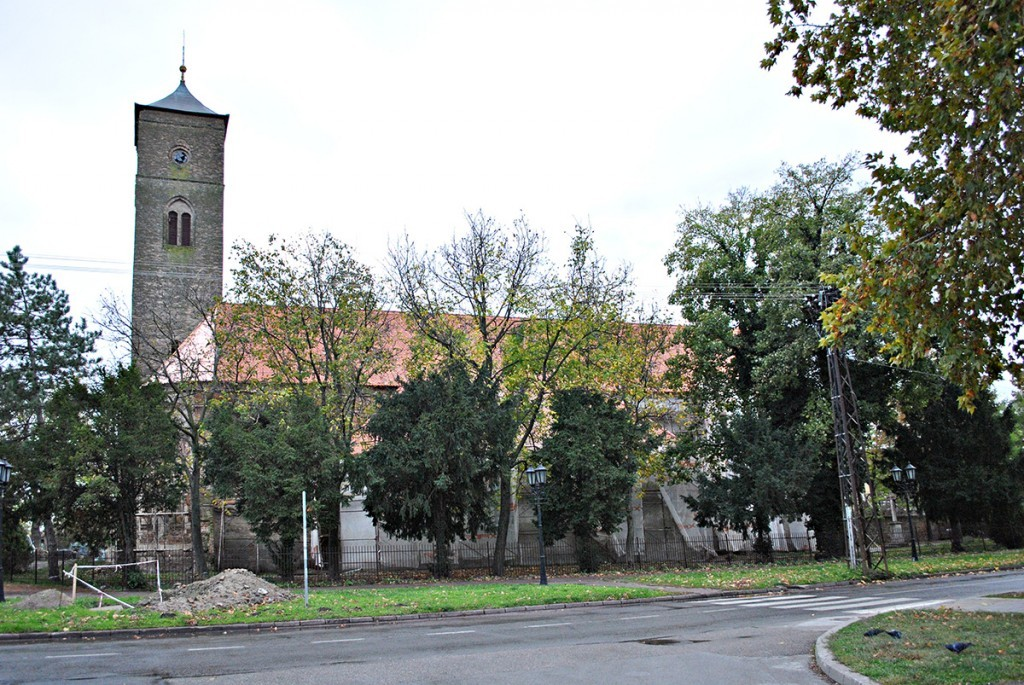 Pogled na Franjevački samostan pod rekonstrukcijom