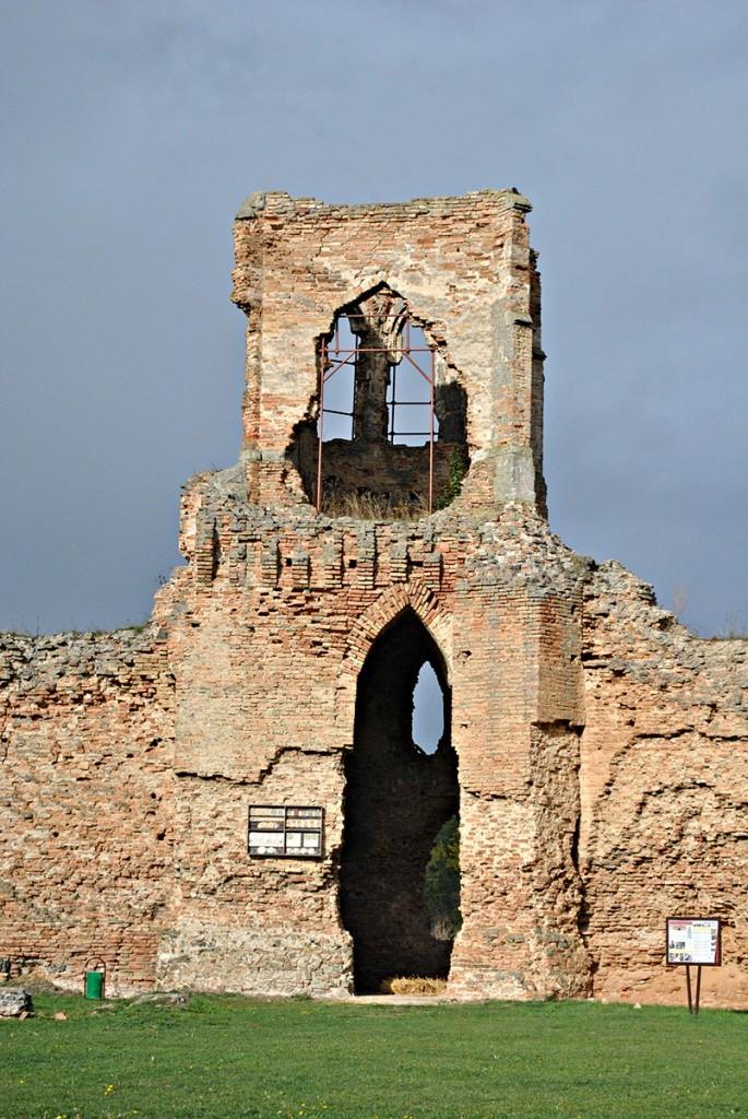 Ostatci crkvice koja je u tursko doba takođe bila pretvorena u pridvornu džamiju