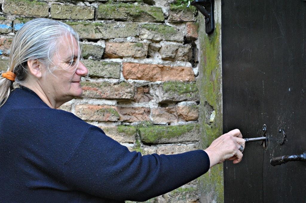 Gospođa Vesna Glavočević sa ključem tajni