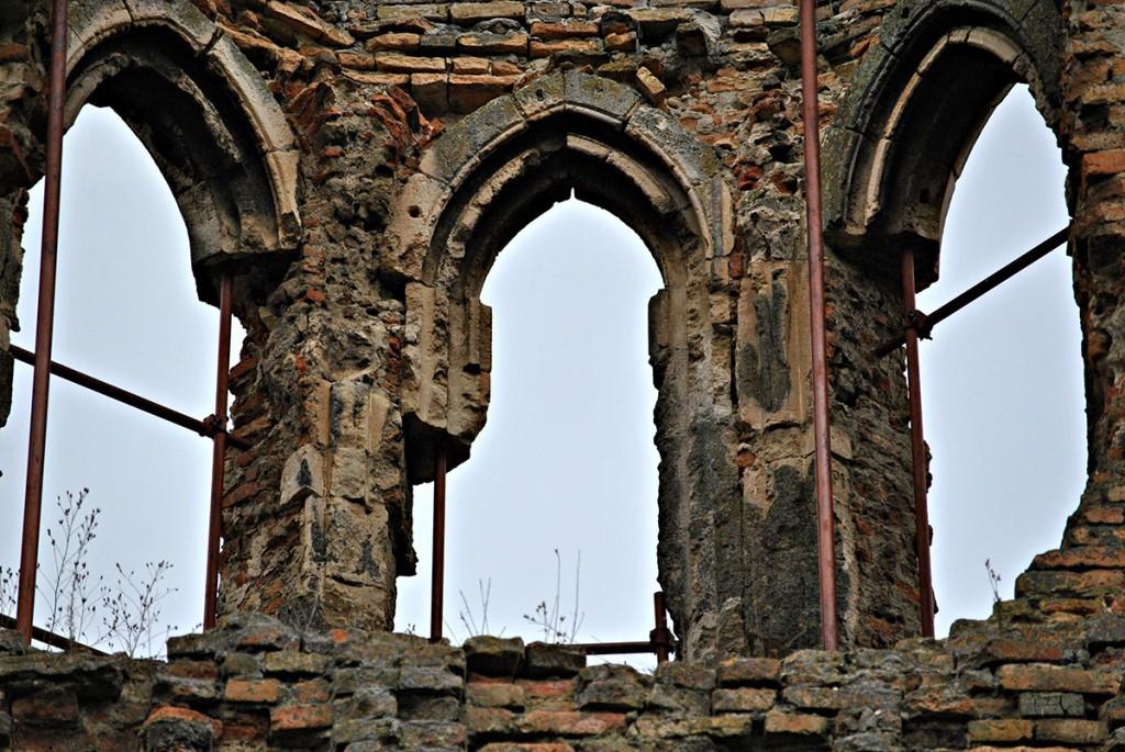 Gotski prozori na crkvici