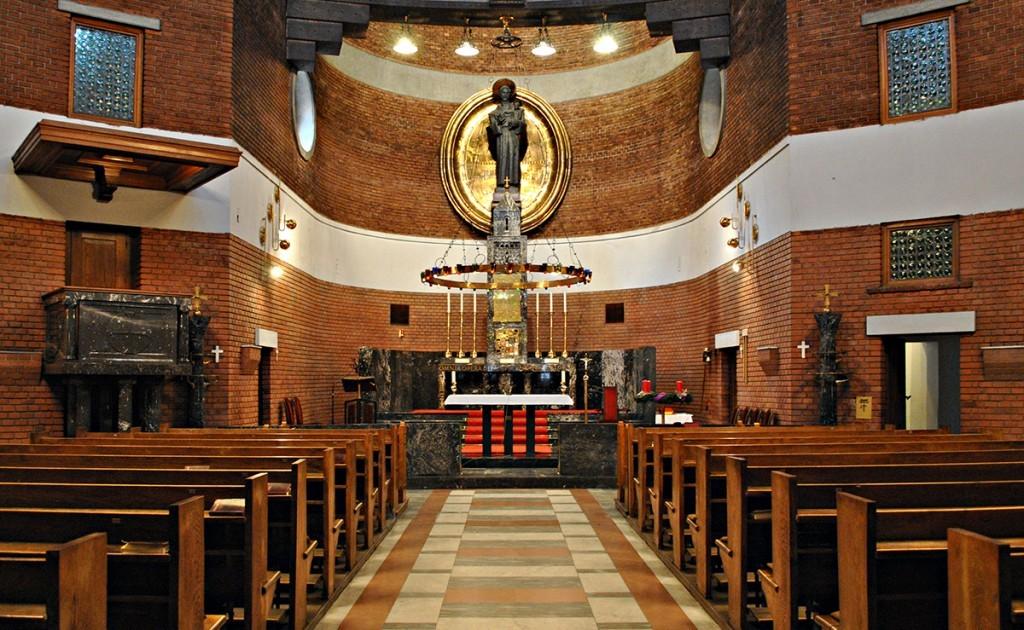 Pogled na prezbiterij