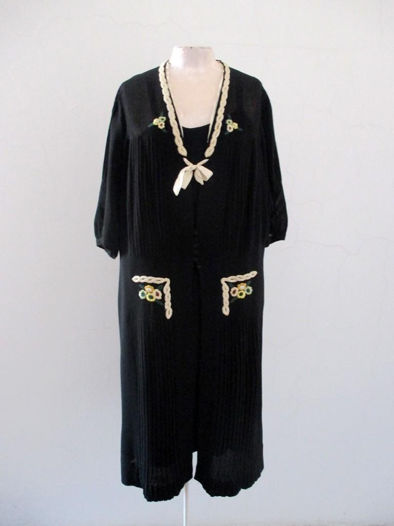 Haljina Rebeke Almodaj iz zbirke Muzeja primenjene umetnosti. Fotografija dobijena zahvaljujući mr Bojani Popović