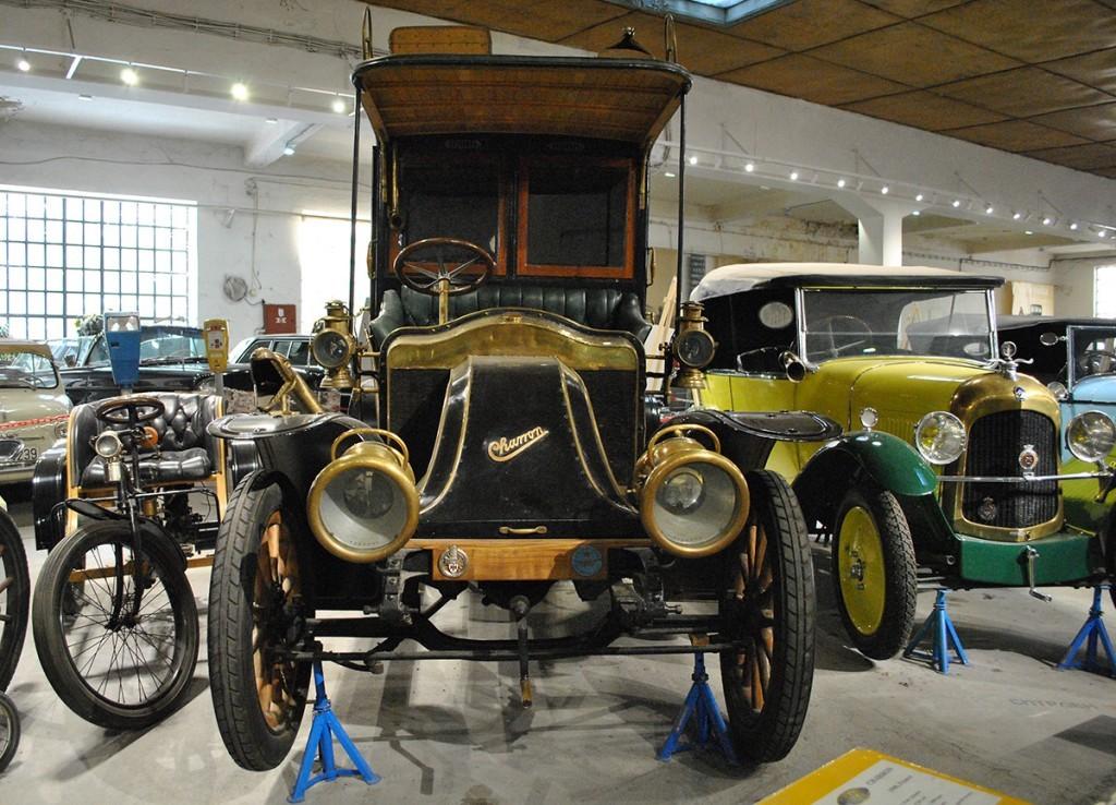 Model Charron, France 1908. Belgrade Auto Museum