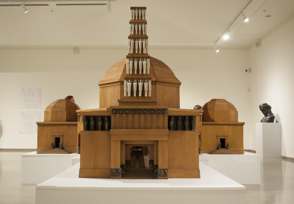 Drvena maketa Vidovdanskog hrama, pozajmljena za izložbu iz Narodnog muzeja u Kruševcu
